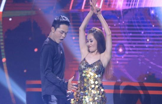Hari Won me Nguyen Hung vi