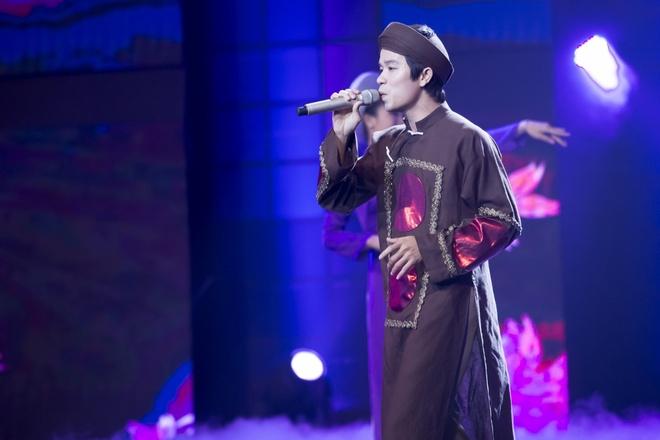 Tran Thanh cham soc 'ban sao cua Hari Won' o cuoc thi hat hinh anh 9