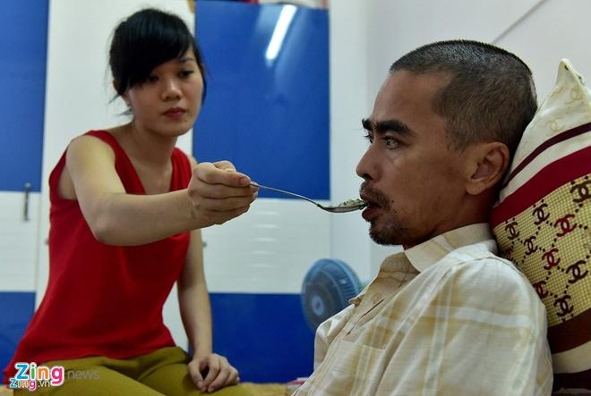 Dien vien Nguyen Hoang nhap vien ghep hop so hinh anh 1