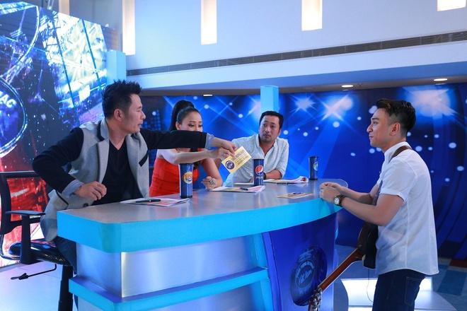Hot boy, hot girl chua thoa man giam khao Vietnam Idol hinh anh 3
