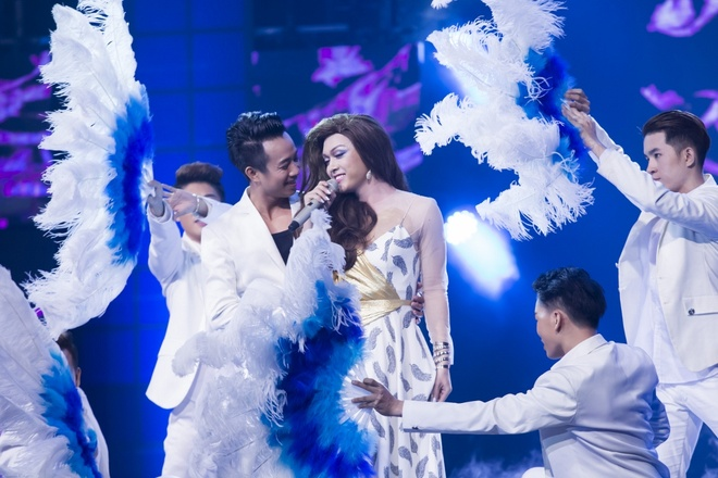 Tran Thanh goi ban sao Dam Vinh Hung la 'quai vat' hinh anh 7
