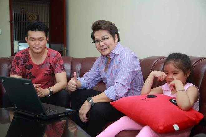 Con trai nghe si Linh Tam – Cam Thu tung bo nha di bui hinh anh 1