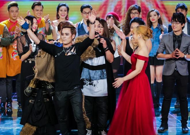 Nhom nhac cua Yanbi duoc cuu tro lai X Factor hinh anh 4