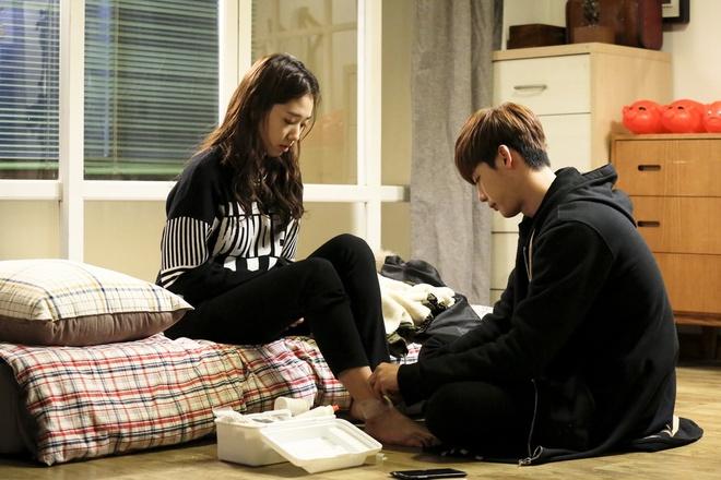 'Pinocchio' cua Lee Jong Suk, Park Shin Hye chieu o Viet Nam hinh anh 1