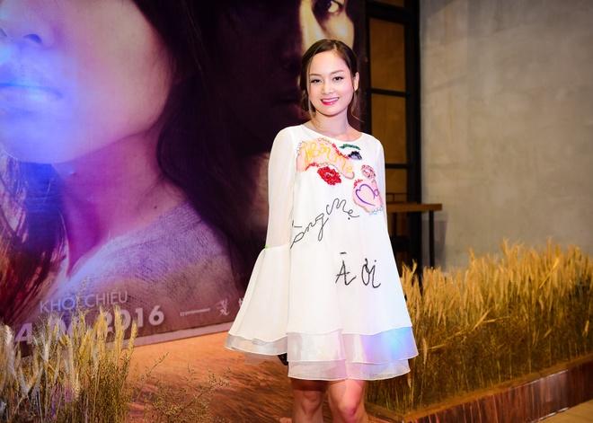 Sao Viet hao huc xem phim 'Soi, hoi ket' cua Song Joong Ki hinh anh 8