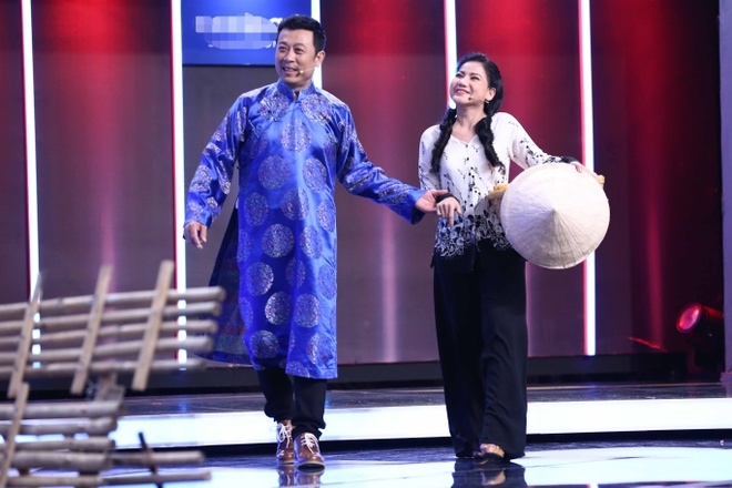 Van Son - Hong Dao treu Tran Thanh lam MC dam cuoi hinh anh 2
