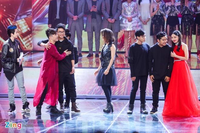 Giam khao X Factor doi hoi cac nhom nhac phai dot pha hinh anh 7