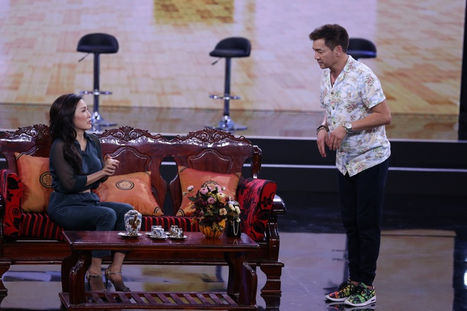 Hoai Linh, Viet Huong vang mat o Bi mat dem chu nhat mua 2 hinh anh 2