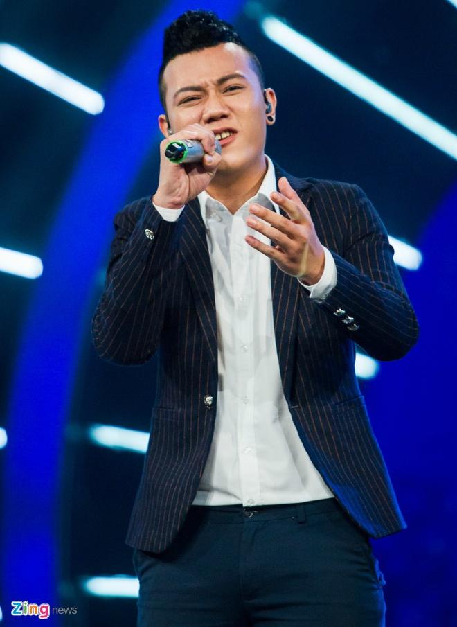 'Chang trai ban bun bo' gay chu y nhat vong truc tiep Idol hinh anh 2