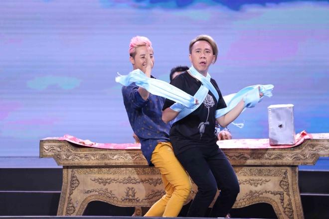 Thanh Duy Idol bi Tran Thanh 'danh' toi boi trong game show hinh anh 9