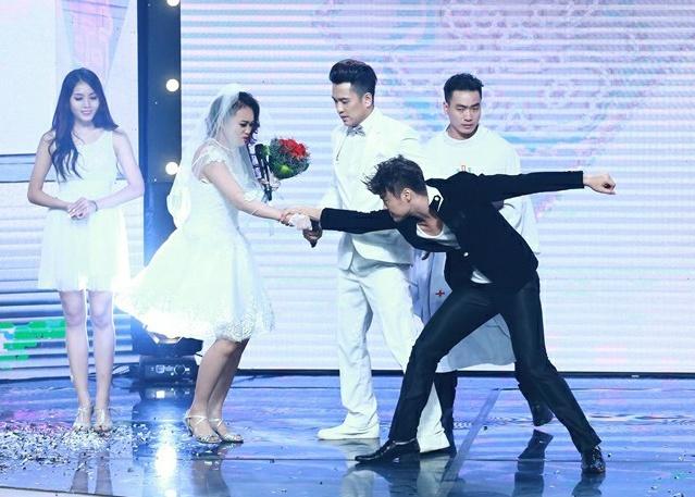 Vo Minh Lam xo nga co dau, cuop chu re o game show hinh anh 2