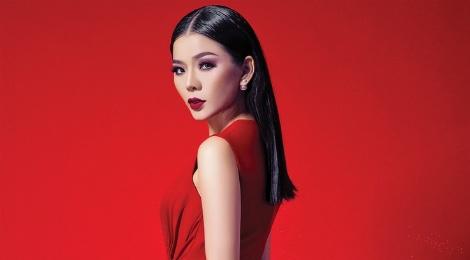 Album cua Le Quyen tro lai ngoan muc tren BXH hinh anh