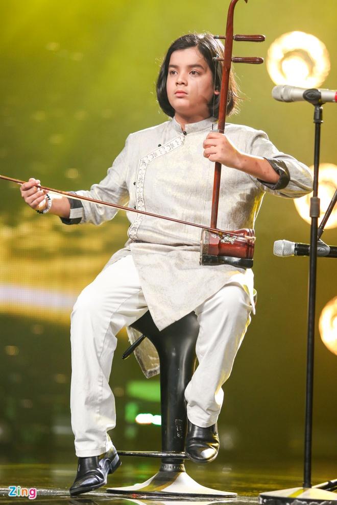 Me Ho Van Cuong nac nghen khi con trai tro thanh quan quan hinh anh 13