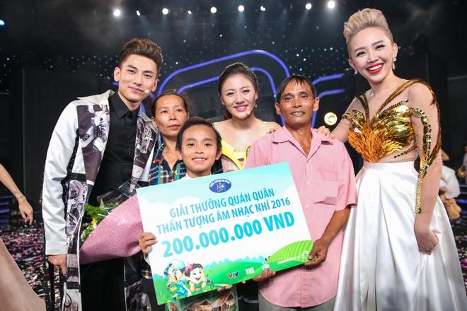 Ho Van Cuong tro thanh quan quan Vietnam Idol Kids 2016 hinh anh 24