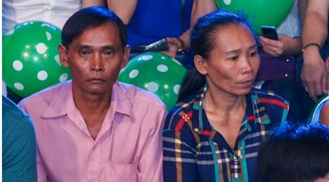 Ba me Ho Van Cuong len Sai Gon co vu con trai thi hat hinh anh