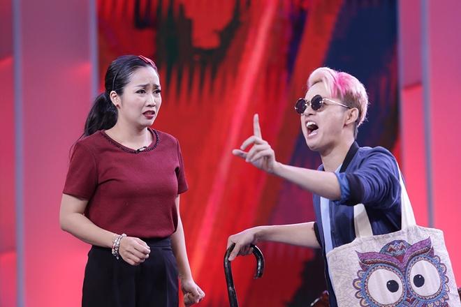Van Son doi 've van' Hong Dao truoc mat Quang Minh hinh anh 9