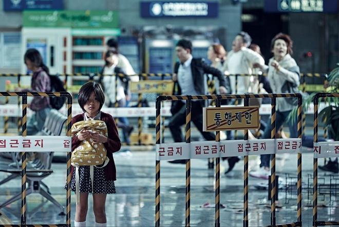 Phim xac song cua tai tu Gong Yoo lap ky luc doanh thu hinh anh 2