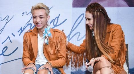 Soobin Hoang Son kiem che khi bi fan cua Son Tung cong kich hinh anh