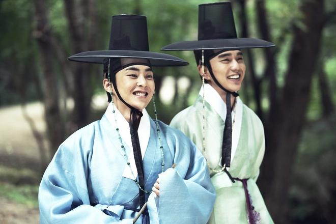 Phim 'Bo tu lua dao' cua Yoo Seung Ho cong chieu o Viet Nam hinh anh 2
