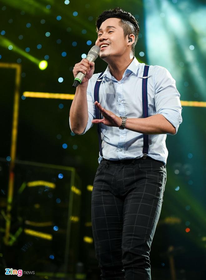 Co gai Philippines hat hit Thu Minh du khong soi tieng Viet hinh anh 13
