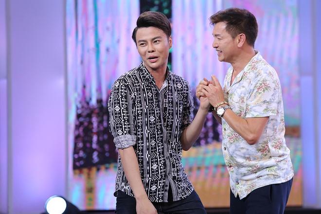 Van Son hon Hong Dao truoc mat Quang Minh hinh anh 8