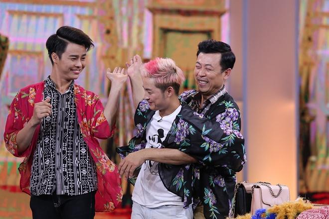 Van Son hon Hong Dao truoc mat Quang Minh hinh anh 9