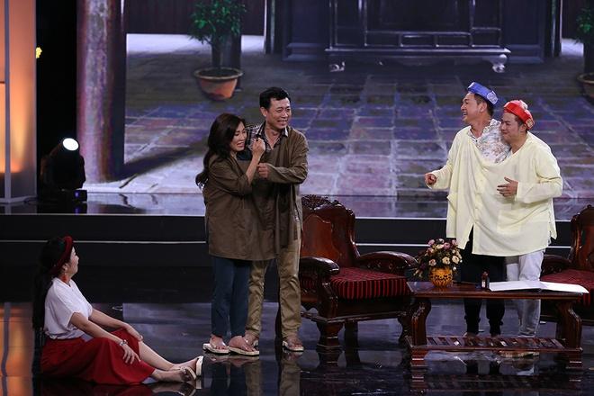 Van Son hon Hong Dao truoc mat Quang Minh hinh anh 12
