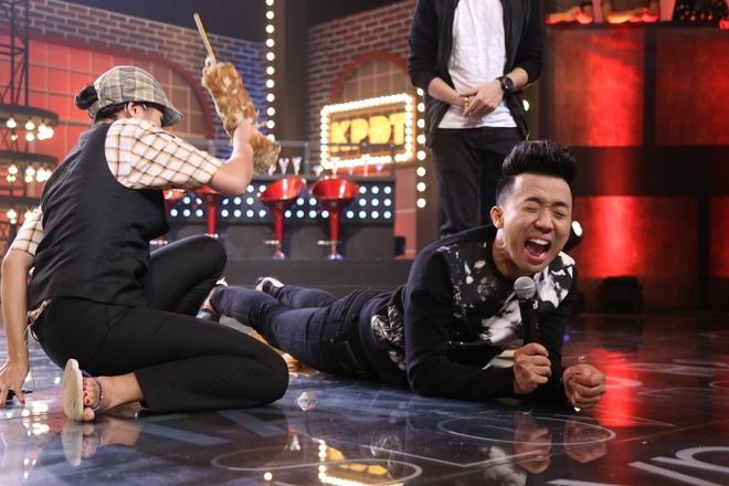 Tran Thanh bi Nam Thu, Anh Duc danh trong game show hinh anh 6