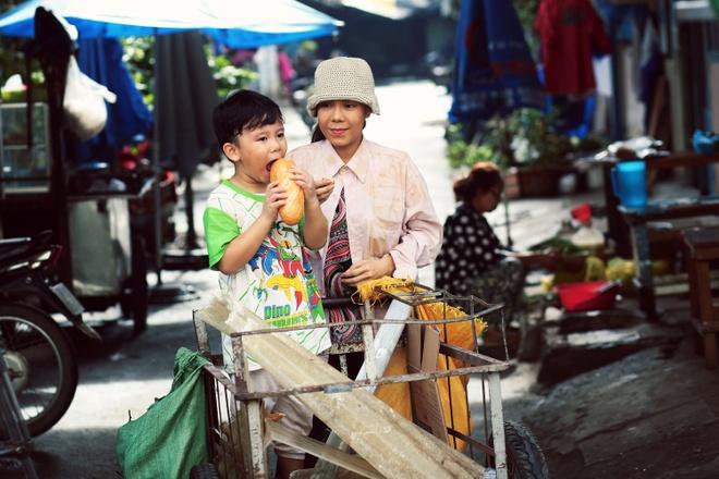 Viet Huong gay xuc dong voi phim ngan ve me trong mua Vu lan hinh anh 2