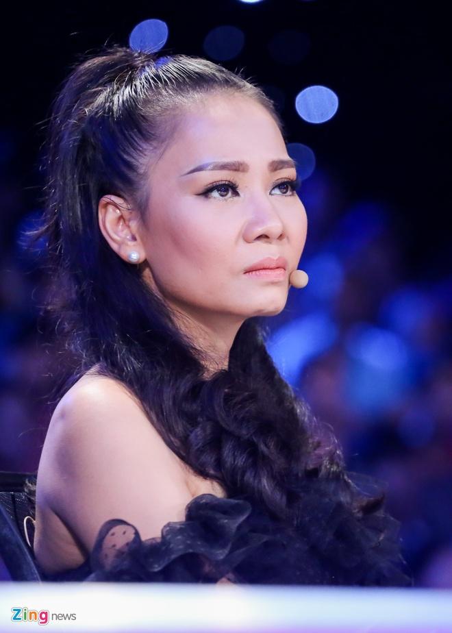 Co gai Philippines hat 'Mot minh' cua co nhac si Thanh Tung hinh anh 14