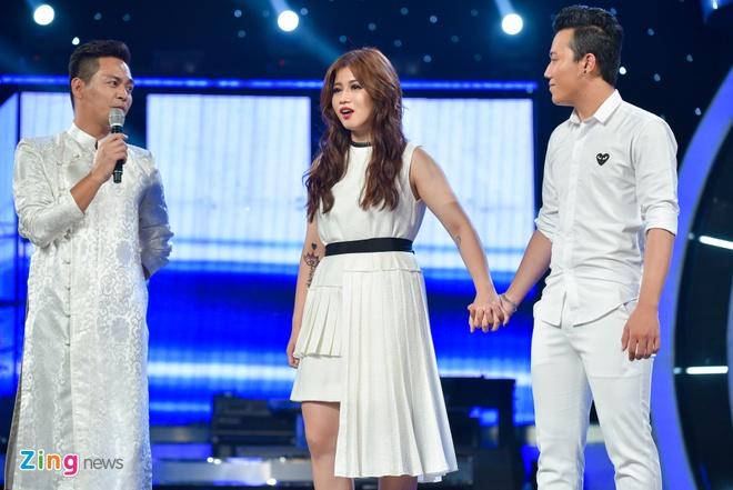 'Chang trai bun bo' Ba Duy bat ngo bi loai khoi Vietnam Idol hinh anh 2