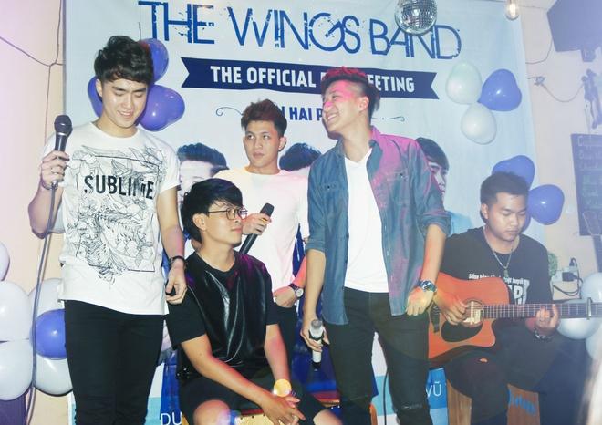 Nhom nhac dien trai The Wings hop fan o que nha sau X Factor hinh anh 6