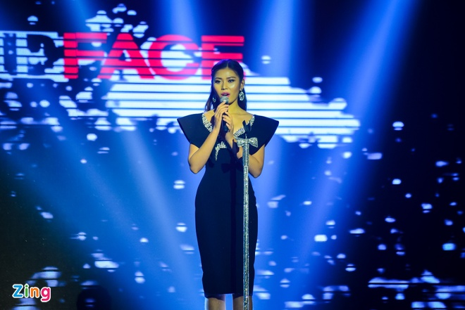 Phi Phuong Anh tro thanh quan quan The Face 2016 hinh anh 20