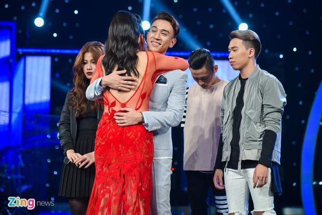 Hot boy Vietnam Idol bi loai khi dang co phong do cao hinh anh 3