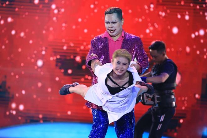 Tran Thanh benh vuc giong noi lo lo cua Hari Won hinh anh 1