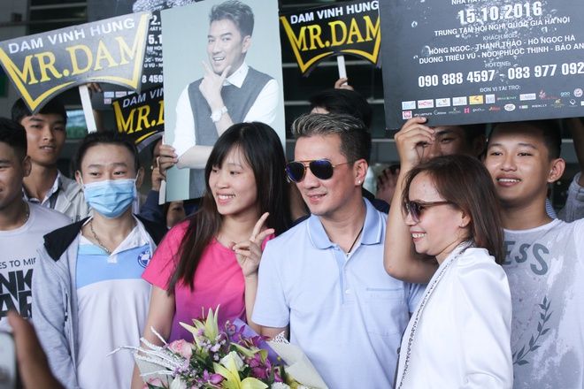 Mr. Dam den tham Minh Thuan ngay khi tu My ve Viet Nam hinh anh 6