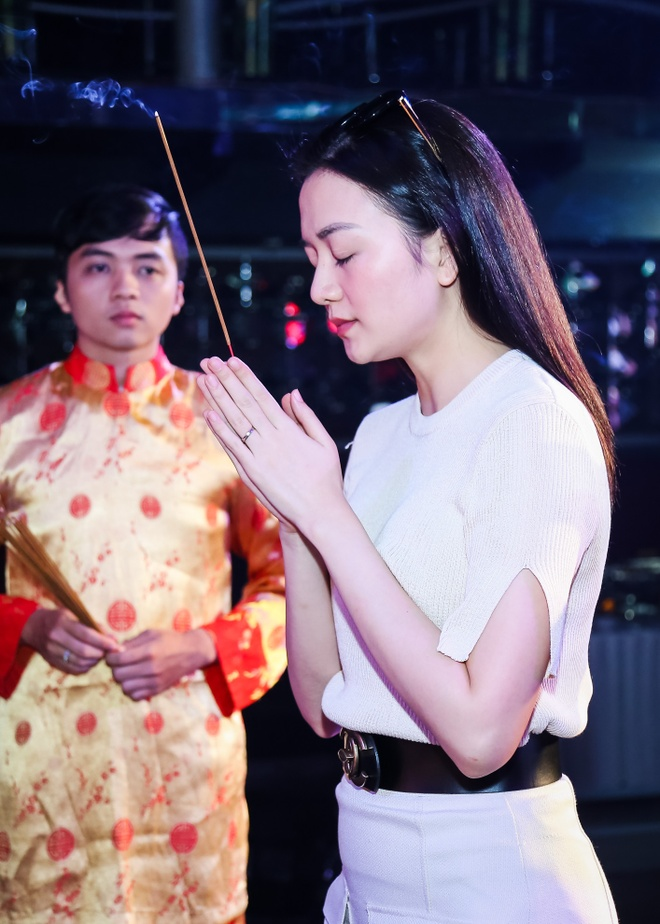 Dam Vinh Hung gio To o san khau anh 9