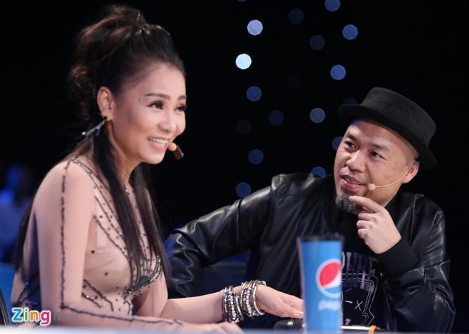 Thu Minh bi trach vi gianh ca khuc cua thi sinh Vietnam Idol hinh anh 2
