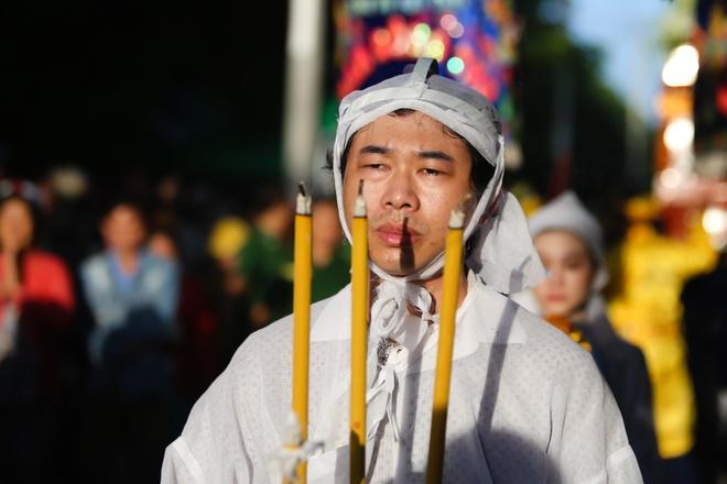 Que Tran khoc nuc no trong le an tang NSND Thanh Tong hinh anh 7