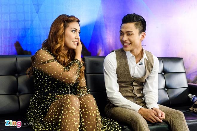 Hot boy Vietnam Idol bi che cuoi vi noi tieng dia phuong hinh anh 1