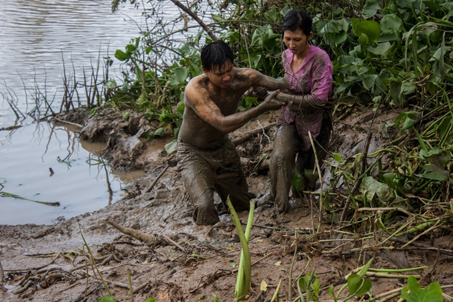 Quy Binh – Le Phuong yeu nhau trong 'Song pho nha ghe' hinh anh 2