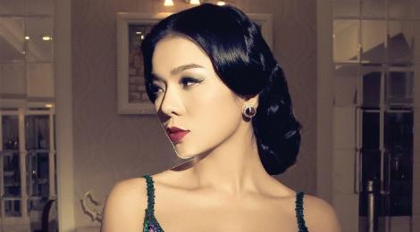 Album moi cua Le Quyen lai thong linh BXH Zing hinh anh