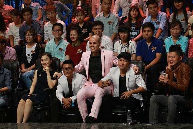MTV ke chuyen Phan Dinh Tung gia nhap nhom thoi dau hinh anh 2