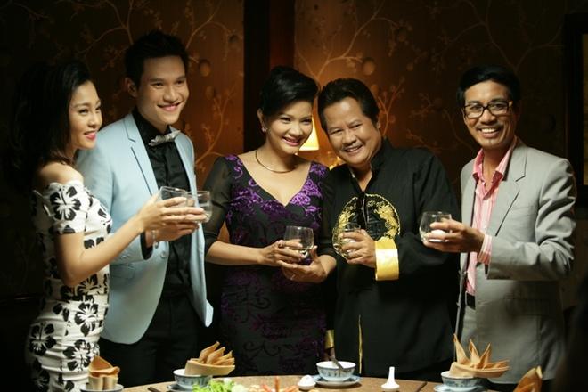 Vo chong 'Hai Lua' Thanh Nam - Xuan Huong tai ngo trong phim hinh anh 1