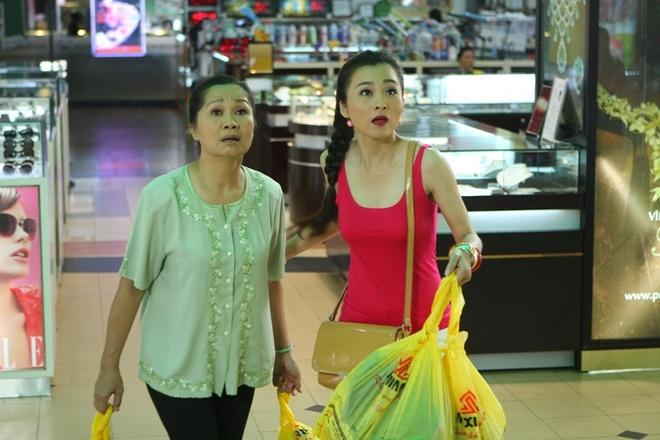 Vo chong 'Hai Lua' Thanh Nam - Xuan Huong tai ngo trong phim hinh anh 2