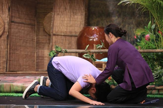 Truong Giang bat khoc trong game show hinh anh 4