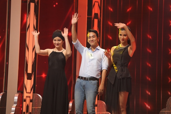 Truong Giang om chat Kim Tuyen trong game show hinh anh 1