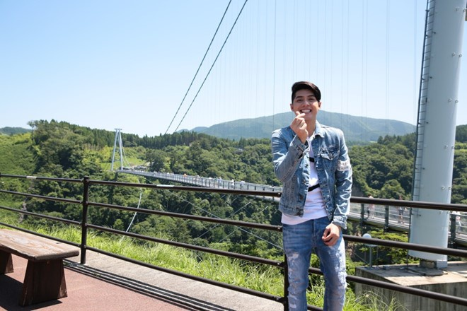 Hit moi cua Phan Manh Quynh xuong phong do tren BXH Zing hinh anh 1