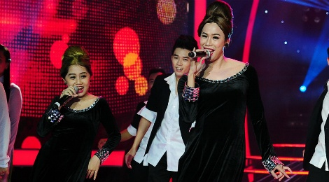 Hoai Linh che thi sinh gia Ho Ngoc Ha giong Ho Quynh Huong hinh anh