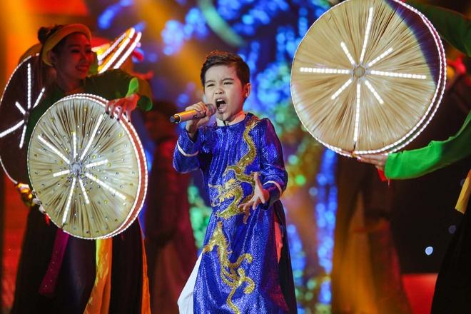 Nhat Minh tro thanh quan quan The Voice Kids 2016 hinh anh 11